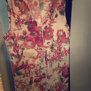 Adele & May XL Floral Rose Sleeveless Top